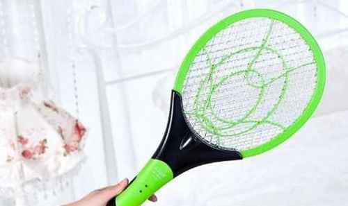 电蝇拍如何使用!!!_WWW.171ZZ.NET