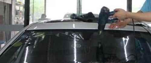 汽车前挡风玻璃膜起波浪怎么去除_WWW.171ZZ.NET