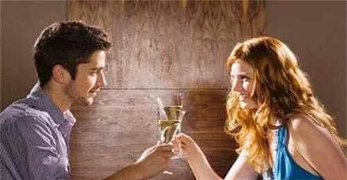 怎样在第一次约会中给男朋友留一个好印象_WWW.171ZZ.NET