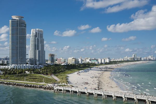美国迈阿密城市建筑风景图片_WWW.171ZZ.NET