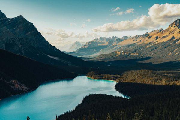 自然湖泊唯美风景图片_WWW.171ZZ.NET
