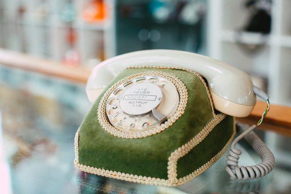 复古老式电话图片_WWW.171ZZ.NET