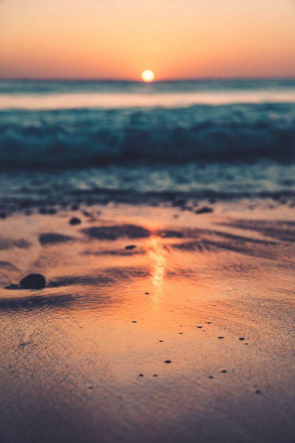 日落海滩唯美意境图片_WWW.171ZZ.NET